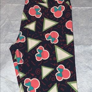LuLaRoe Pants & Jumpsuits - Lularoe OS Leggings